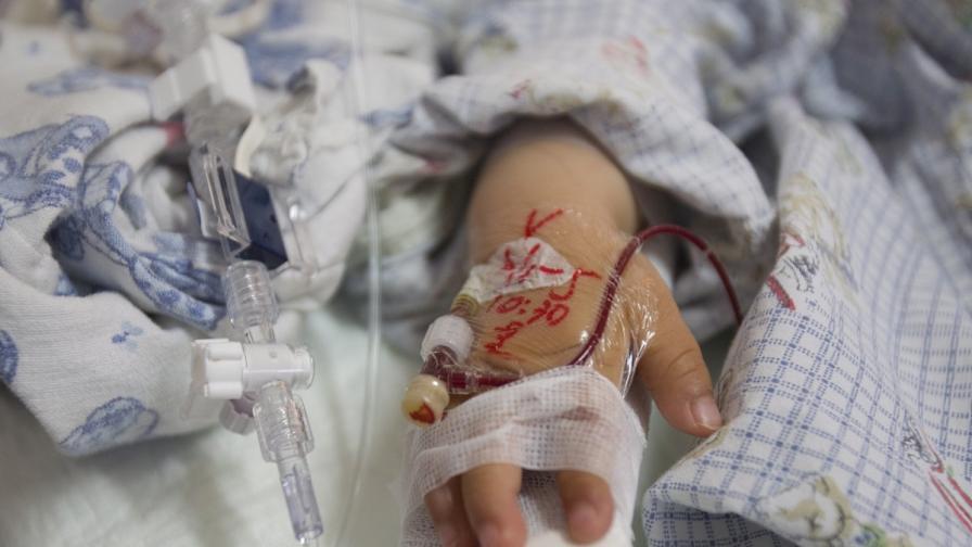 Бебе се роди в Полша с 4,5 промила алкохол в кръвта