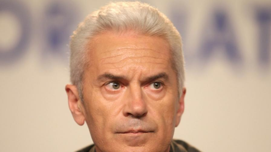 Сидеров: ГЕРБ търсят наши депутати