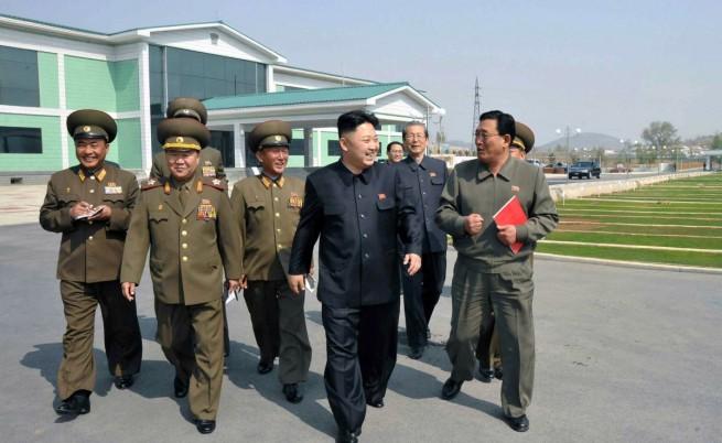 КНДР изстреля три ракети с малък обсег