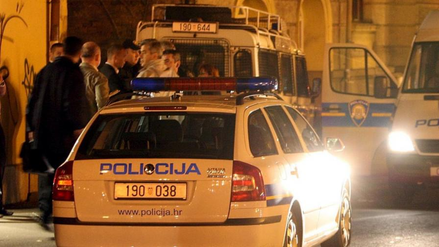 Хърватин подпали себе си, детето си и двама полицаи