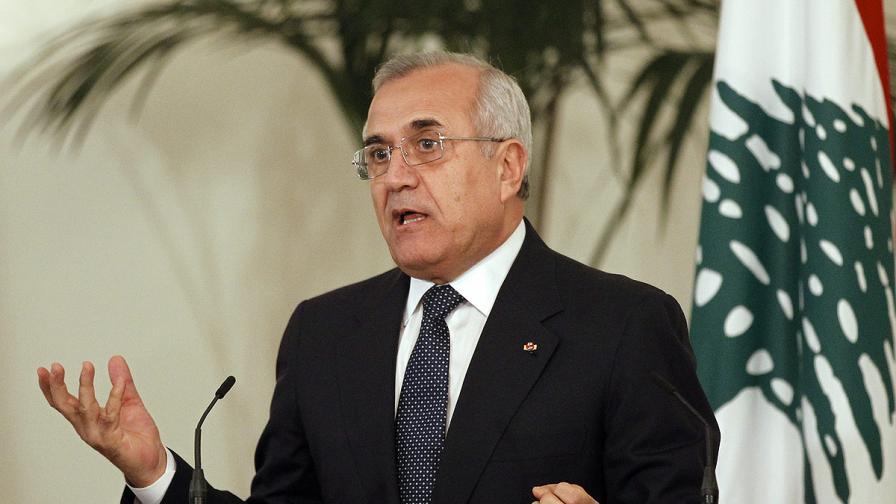 """Ливанският президент призова """"Хизбула"""" към предпазливост по отношение на Сирия"""