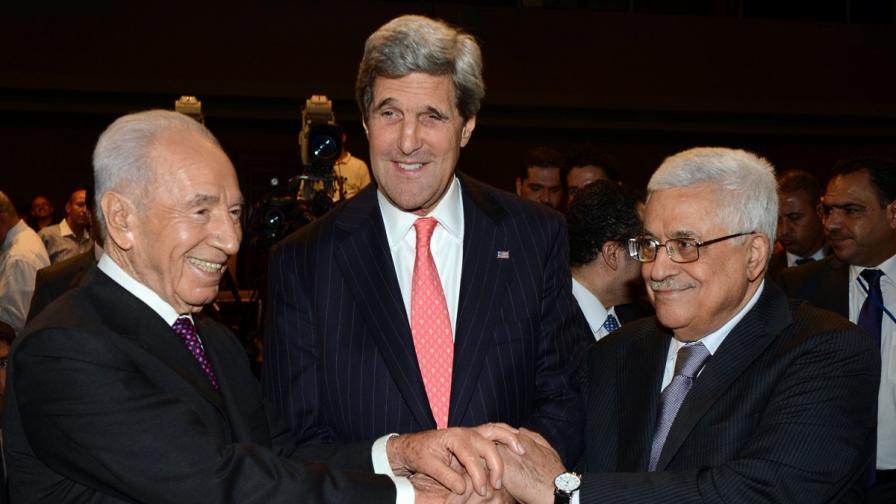 Кери иска да стимулира икономиката на Палестина с $ 4 млрд.