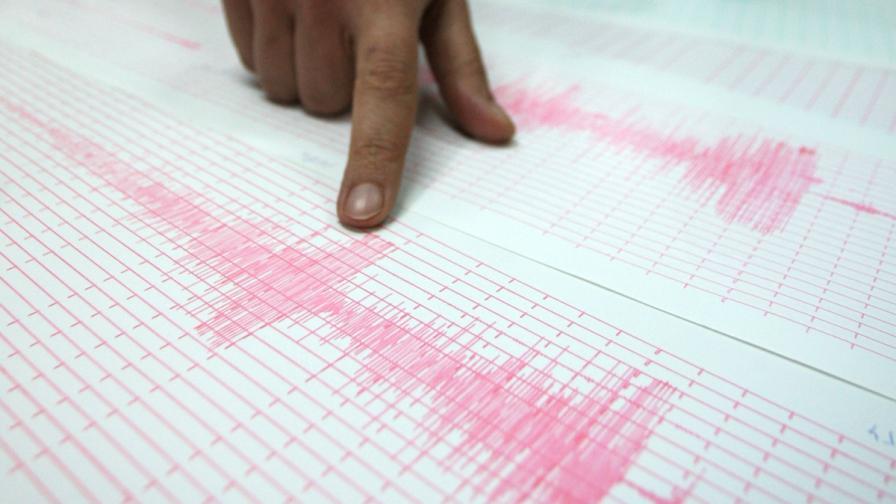 Земетресение с магнитуд 4,4 в Атина