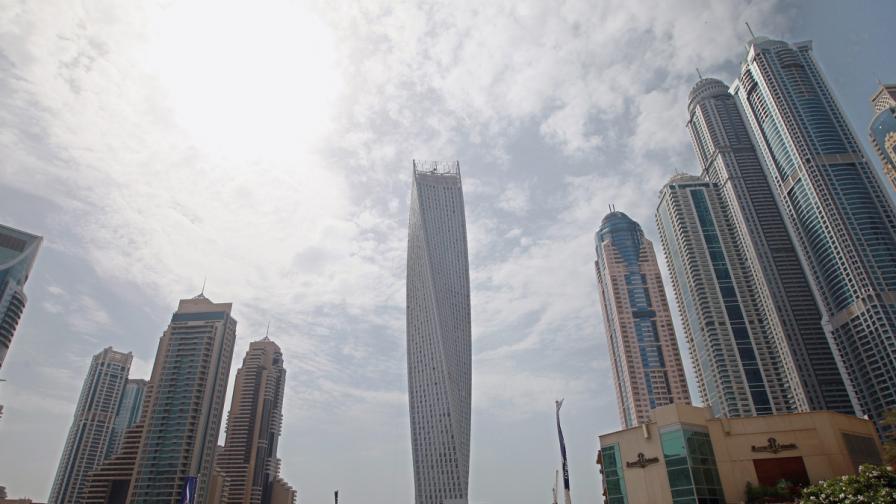 Дубай се сдоби с още една сграда рекордьор