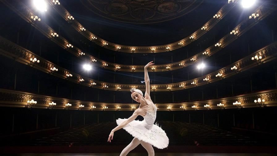 Разследват злоупотреба за милиони рубли при ремонта на Болшой театър
