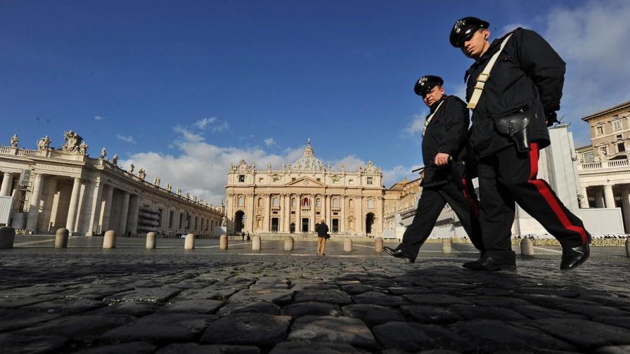 Италия: Фалшиви пощенски клонове откраднали милиони