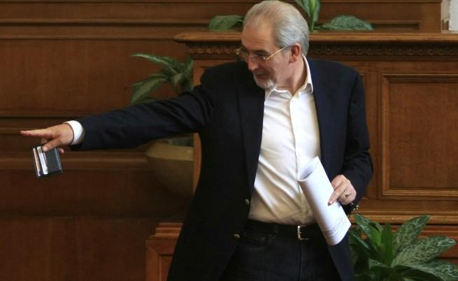 Местан: Може да се смени името на комисията заради Сидеров