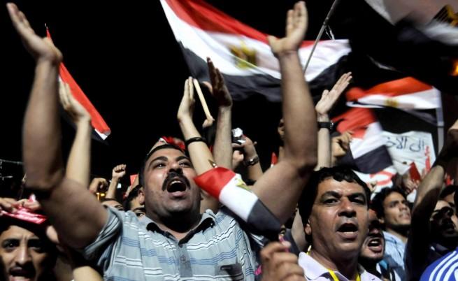 Египетската армия с ултиматум към президента