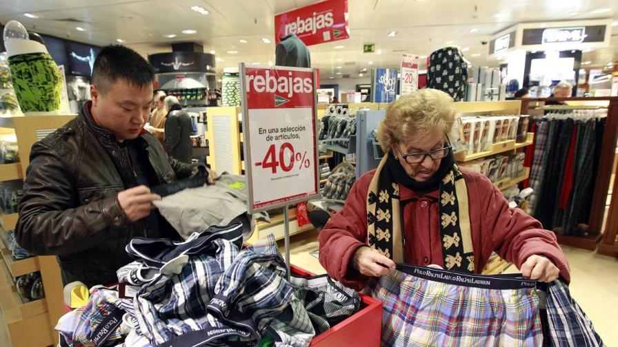 Мъжете издържат в магазин само 26 минути