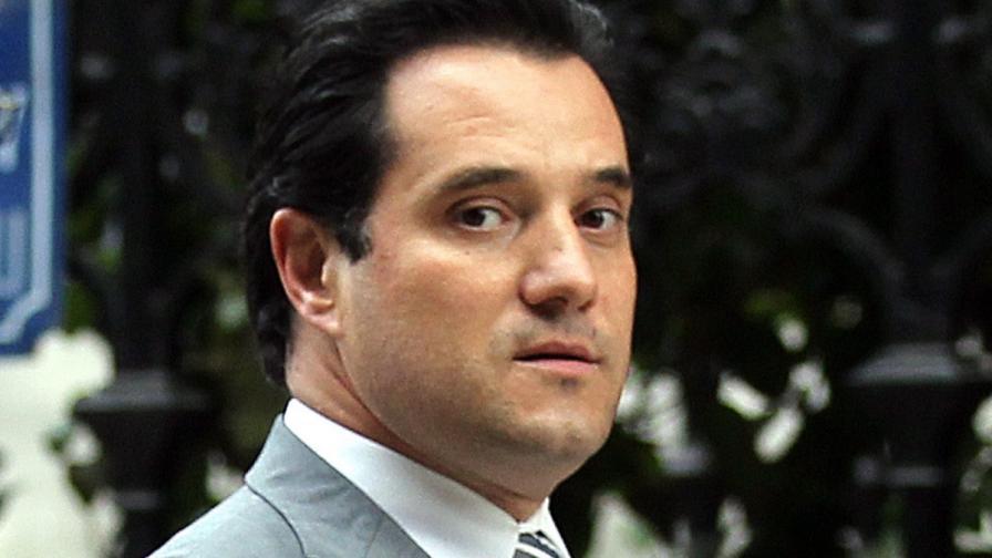 Демонстранти нападнаха гръцкия здравен министър