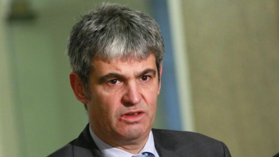 """КНСБ и """"Подкрепа"""" поискаха предсрочни избори"""