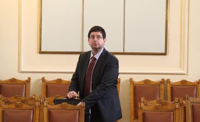 Чобанов: Дано Плевнелиев позволи бюджетният процес да върви гладко