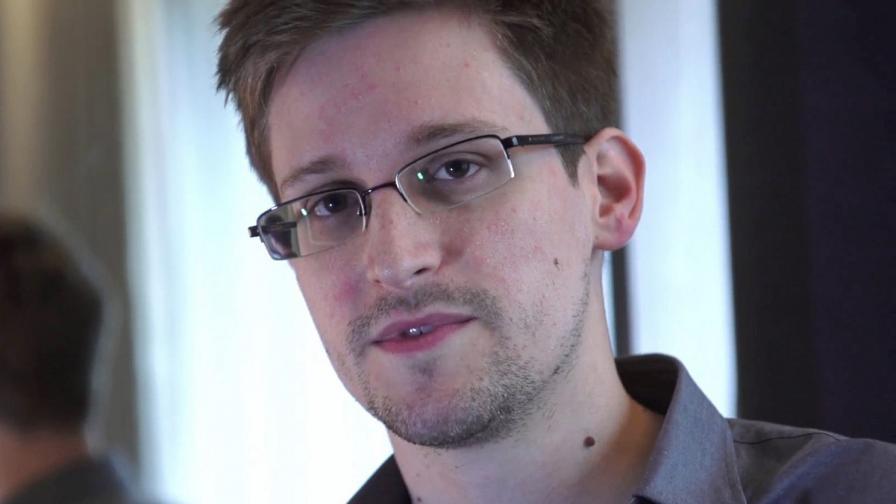 Повечето американци не смятат Едуард Сноудън за предател