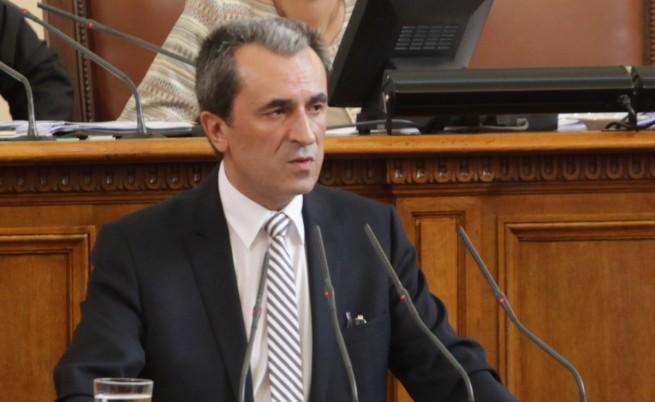 Орешарски: Плевнелиев грубо се намеси в изпълнителната власт