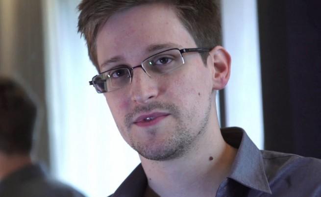 Ексшефът на ЦРУ и АНС: Сноудън не е предател, а дезертьор