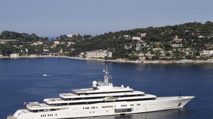"""""""Еклипс"""" на руския милиардер Роман Абрамович вече не е най-голямата яхта в света"""