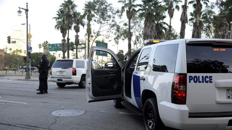 Полицията уби похитителя в банката в САЩ
