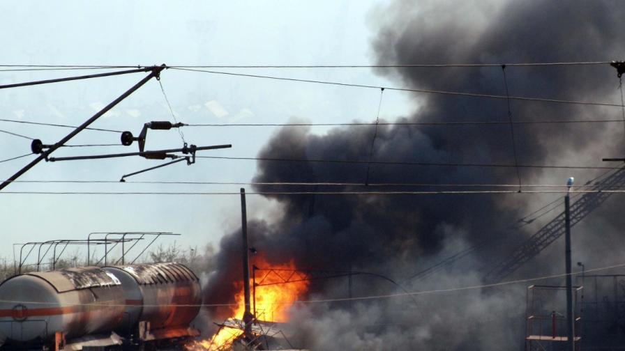 Цистерни с газ се взривиха в Езерово