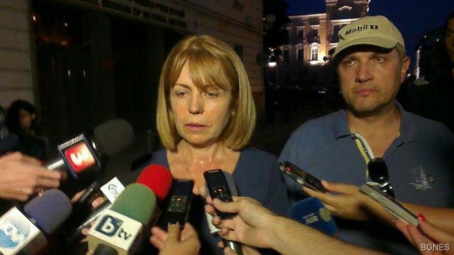 Фандъкова: Всички газови бутилки са вече изнесени