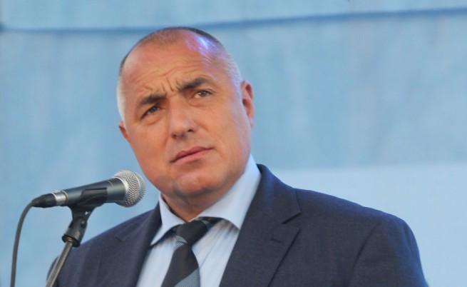 Борисов иска оставки заради катастрофата на пътен възел