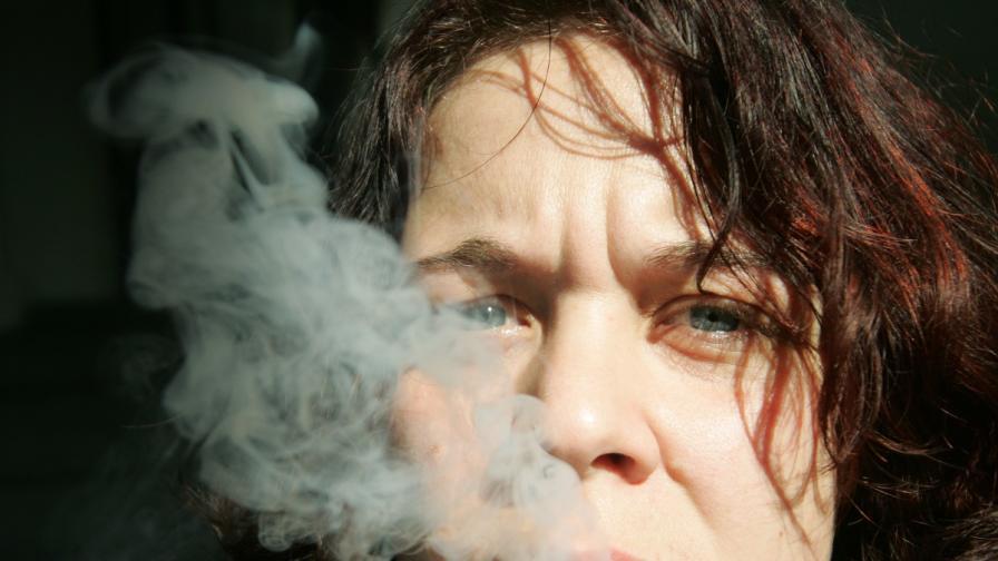 Пушенето е навик за половината млади хора у нас