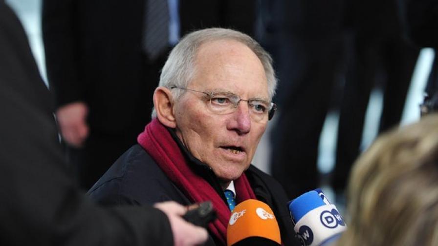 Шойбле: Гърция ще се нуждае от нова спасителна помощ