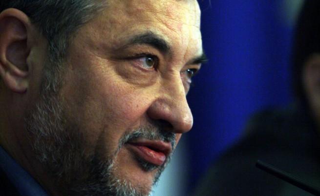 Валери Симеонов нарече протестиращи в чужбина