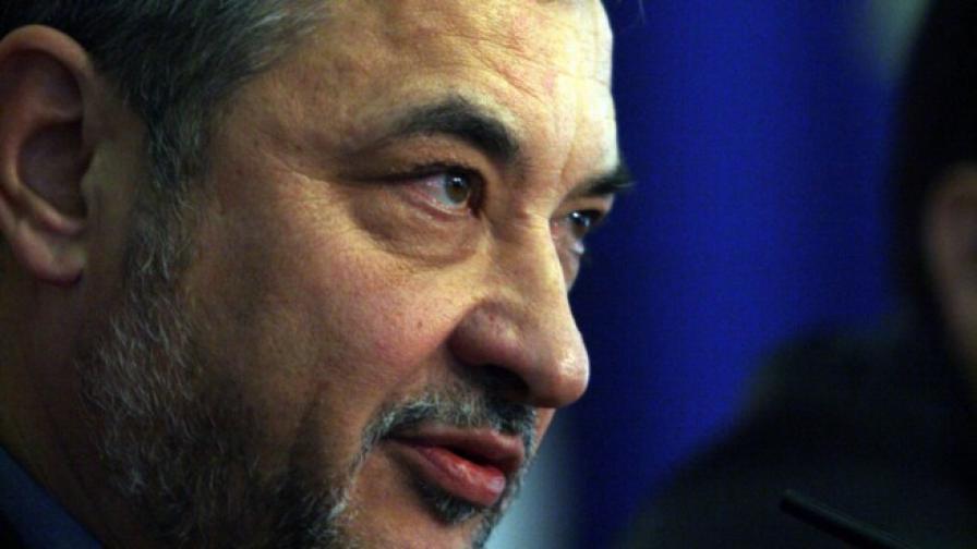 В. Симеонов нарече българи в чужбина псевдосънародници