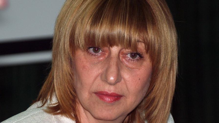 Клисарова: От студентите зависи дали ще има нулева учебна година
