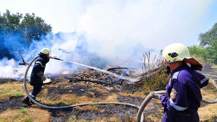 Горски служители гасят 1500 декара пожар край Елхово