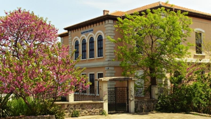 """Всички събития в литературната програма на """"Аполония"""" са в Художествената галерия в Стария Созопол"""