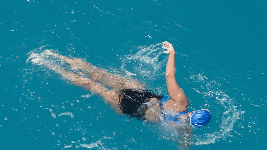 Даяна Наяд стигна от Куба до САЩ без клетка срещу акули