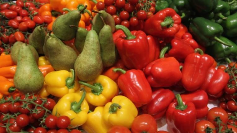 храни цветове влияние