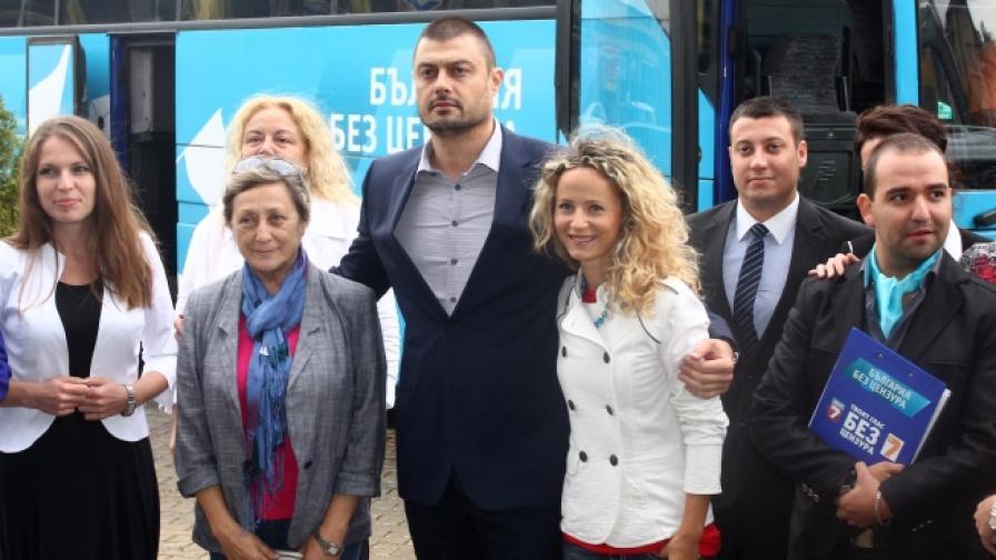 "Бареков ще прави партия ""отдолу"", а не лидерска"