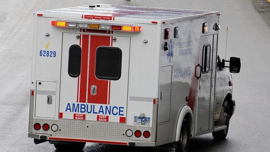 Катастрофа между пътнически влак и градски автобус в Отава взе жертви