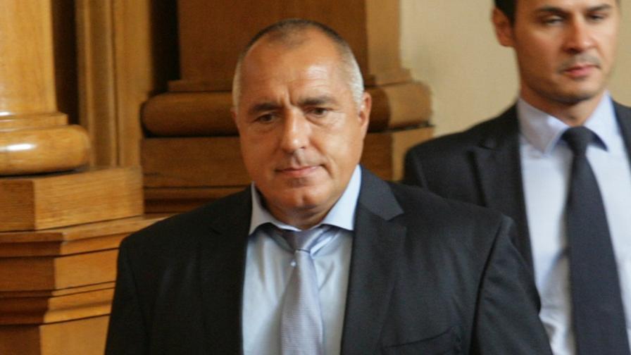 Бойко Борисов опериран по спешност заради проблеми с коляното