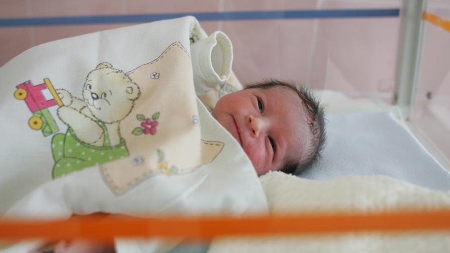 Изследват безплатно бебета за жълтеница