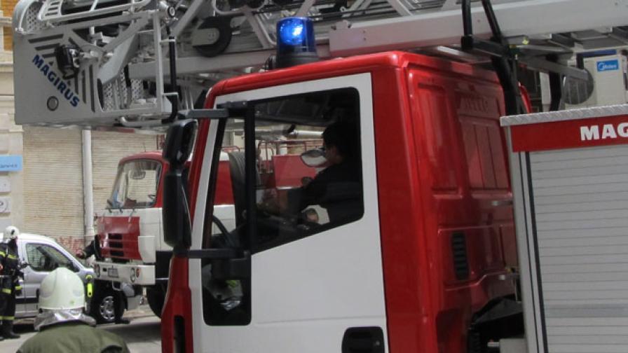 Пожар в центъра на София, един загинал