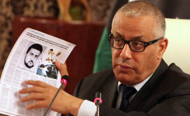 Либийският премиер обвини за отвличането си двама депутати