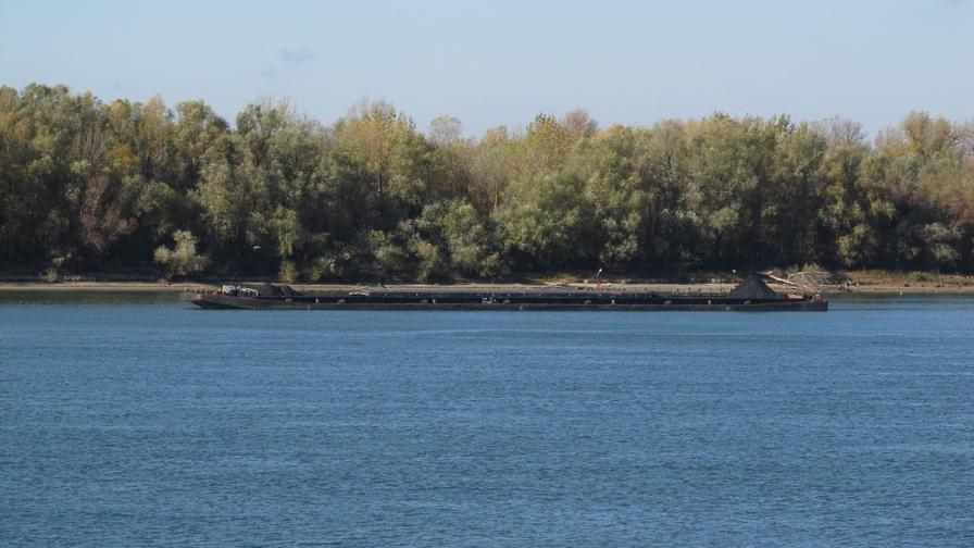 Нивото на река Дунав постепенно спада