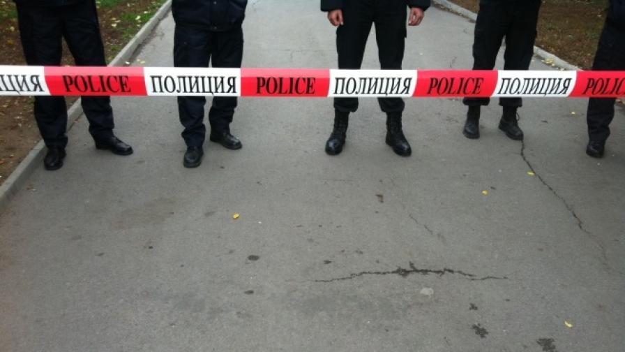 Полиция блокира центъра на София