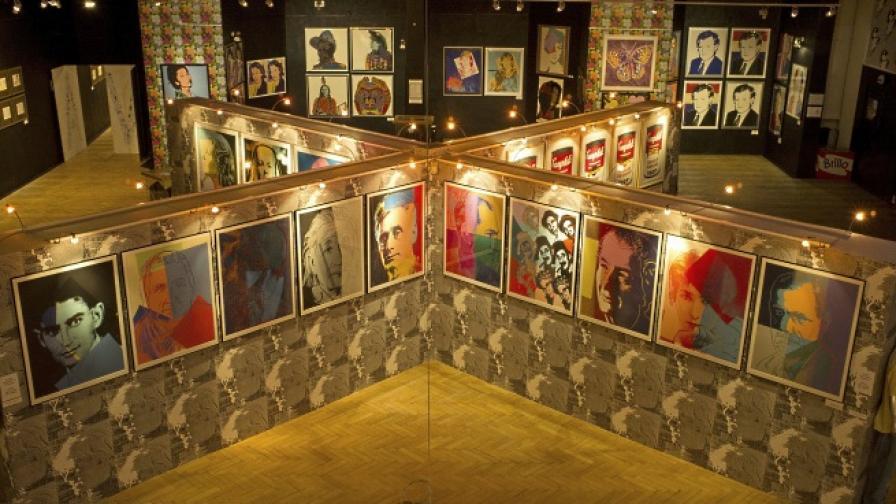Творба на Анди Уорхол продадена за рекордните $105 млн.