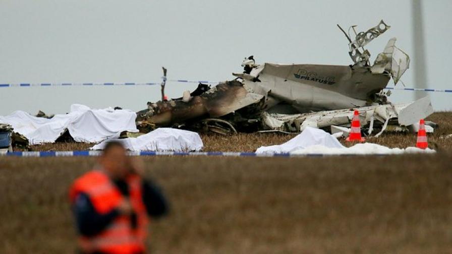 52 са загинали при самолетната катастрофа в Казан