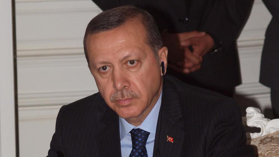 Турската полиция арестува 23 души, много от които - журналисти и мениджъри в медии