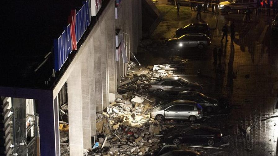14 загинали в срутилия се супермаркет в Рига