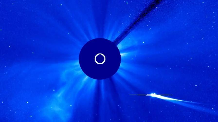 """Слънцето уби """"кометата на века""""?"""