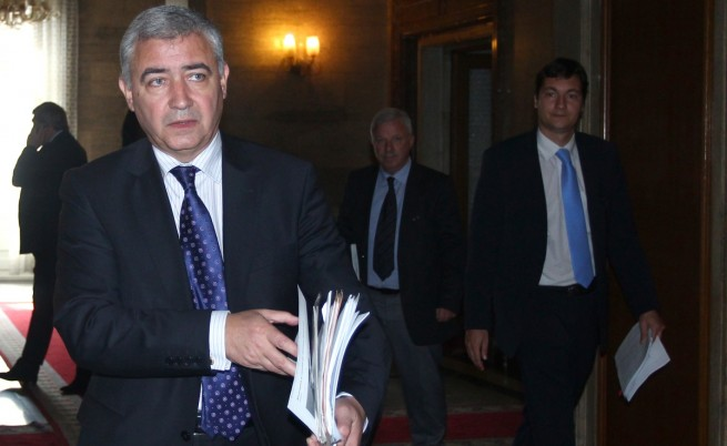 Мерджанов призова Искров да си изпълнява задълженията