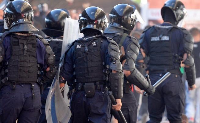 Жандармерията използва сълзотворен газ в Букурещ