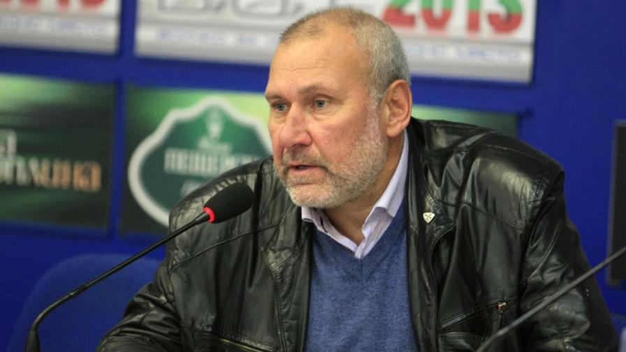 Проф. Николай Овчаров на разпит в Кърджали