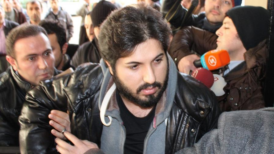 Турската полиция е задържала синовете на трима министри заради корупция